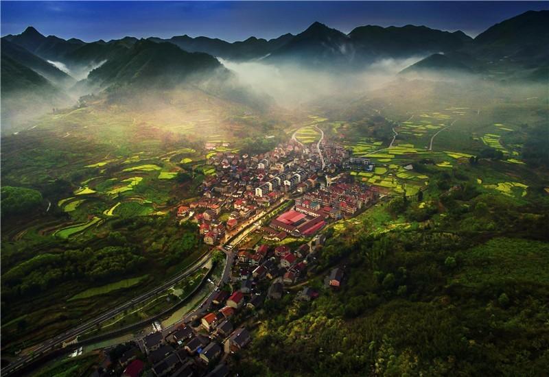 城市实景图2.jpg